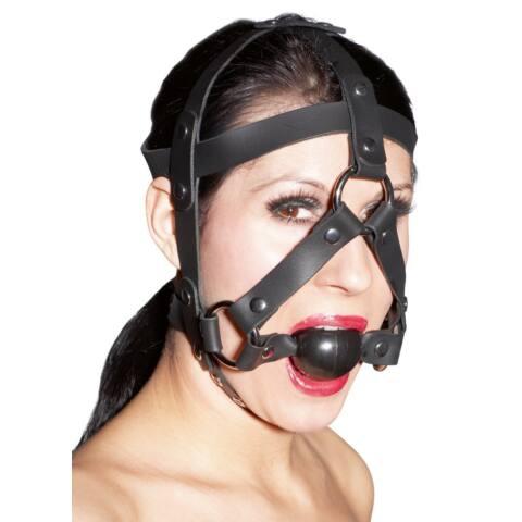 Kožená maska s guličkou do úst